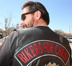 Volusia Christian biker wants freedom to wear motorcycle club patches *** Need to Read about Colors and Patches. Something that makes my eye twitch.