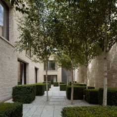 David Chipperfield Architects – Private House Kensington. I like how this is a walk through experience, but an actual experience.