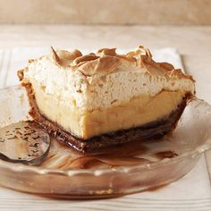 Brown-Bottom Butterscotch Cashew Cream Pie - I need to make this right now! Wow!