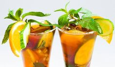 Recept na Pimm's se bez limonády neobejde - Vitalia. Sweet Tea Recipes, Iced Tea Recipes, Cocktail Recipes, Drink Recipes, Cocktail Ideas, Best Iced Tea Recipe, Bar Recipes, Cocktail Drinks, Ginger Peach