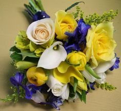 Google Image Result for http://philadelphia-wedding-flowers.com/wp-content/uploads/2011/04/yellow-blue-and-white-bridesmaid-bouquets.jpg