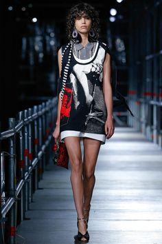 Miu Miu Resort 2016 Fashion Show: Runway Review - Style.com