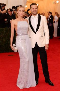 """Diane Kruger and Joshua Jackson attends The Metropolitan Museum of Art's Costume Institute Benefit Gala celebrating """"Charles James: Beyond Fashion"""" in New York on May 5, 2014."""