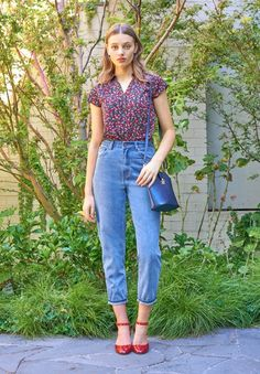 Discover recipes, home ideas, style inspiration and other ideas to try. Pretty Outfits, Cool Outfits, Summer Outfits, Casual Outfits, Fashion Outfits, Women's Fashion, Princess Highway, Luanna, Retro
