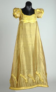 Empire, Evening dress ca. 1817.