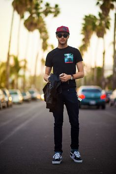 1aa9eec46f7cf9 street style. Wayfarer, Fashion Wear, Fashion Moda, Mens Fashion, Adam  Gallagher
