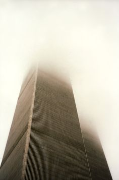 Twin Towers in the Clouds, New York, World Trade Center World Trade Center Pictures, World Trade Center Nyc, Trade Centre, World Trade Towers, Architecture Tumblr, Fantasy Places, Urban Setting, Seven Wonders, Best Cities
