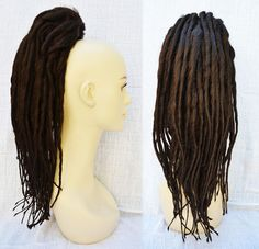 Clip-on ponytail dreads in Chestnut Brown - Perfect for a voodoo priestess costume! Or a Cosima costume! Voodoo Priestess Costume, Voodoo Costume, Tribal Costume, Voodoo Party, Epic Halloween Costumes, Voodoo Halloween, Halloween Hair, Costume Makeup, Costume Wigs