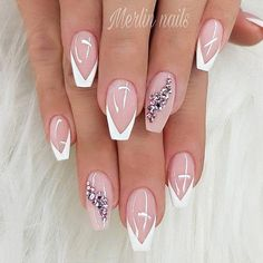 Classy French Nails With Rhinestones Elegant Nails Ideas To Look Radiant Forever And Always; Frensh Nails, Pink Nails, Cute Nails, Pretty Nails, Nails 2018, Toenails, Acrylic Nails, French Nail Designs, Gel Nail Designs
