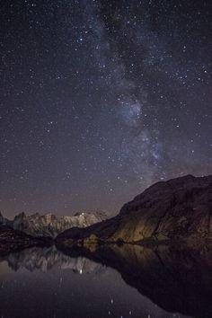 En apprenant la photographie petit à petit, je me suis découvert une passion pour les photos d'étoiles et de la voie lactée. Je ne connais rien en astronomie, et pourtant j'adore voir les étoiles se révéler sur l'écran de mon appareil et parfois, quand le...