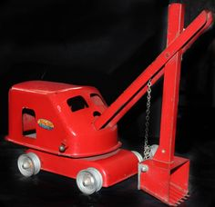 Vintage Red Tonka Toy Steam Shovel 1950's Tonka Trucks, Tonka Toys, Collectible Toys, Metal Toys, Classic Toys, Old Toys, Shovel, 3d Design, Crane