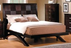 Adorable Bedroom Interior Design Ideas With Nice Queen Modern Platform Bed With Wooden Drawer Vanity Also Glass Window Behind The Headboard As Well Wooden Laminate Floor Elegant Platform Bed Decoration Fashion Modern Bedrooms Greatly Bedroom design http://seekayem.com