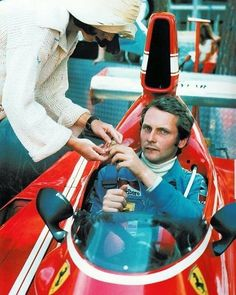 1974 Niki Lauda and Marlene Ferrari Racing, Ferrari F1, F1 Racing, Racing Team, Lamborghini, Italian Grand Prix, Monaco Grand Prix, Formula 1 Car, Racing Events