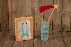 Anyone up for a little Super Bowl Half-Time Show cocktails? This is The More You Know tiki featuring Perry (pear cider) and dancing shark art from @lishdorset.