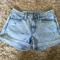 Acid wash jean shorts from Gap. Never worn acid wash jean shorts from Gap. Size 26. In great condition. GAP Shorts Jean Shorts