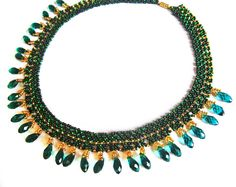 Free pattern for necklace Emerald Lace | Beads Magic