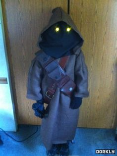 Amazing Jawa Costume - Dorkly Picture