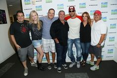 "Enrique Iglesias Photos  - Enrique Iglesias Visits ""The Elvis Duran Z100 Morning Show"" - Zimbio"