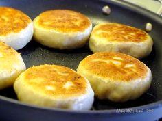 【梅子家】,過日子的幸福滋味: 簡易家常麵食,洋蔥胡椒豬肉餡餅 - http://www.megathome.com/2013/05/blog-post_23.html?m=1