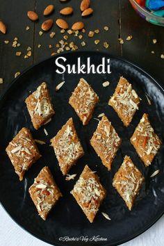 Indian Dessert Recipes, Indian Sweets, Sweets Recipes, Brownie Recipes, Cooking Recipes, Burfi Recipe, Dosa Recipe, Vegetarian Platter, Tiffin Recipe