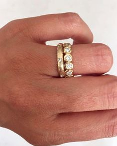 Pear Shape Emerald Ring / Gold Emerald Ring / Natural Emerald Ring / Gold Gemstone Ring / May Birthstone / Tear Shape Emerald - Fine Jewelry Ideas Diamond Jewelry, Gemstone Jewelry, Jewelry Rings, Jewelry Accessories, Fine Jewelry, Jewelry Design, Unique Jewelry, Jewlery, Jewelry Shop