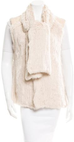 Creme Matthew Williamson rabbit and fox fur vest with attached scarf at neckline and hook-and-eye closures at center front. Western Outfits, Fox Fur Vest, Vest Outfits, Matthew Williamson, Collars, Fur Coat, Stylish, Sleeves, Sweaters