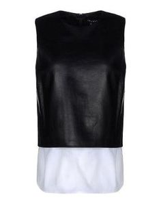 Solid colour Detachable application Round collar Sleeveless Zip Lined interior.