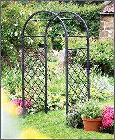 UK Garden Fencing Lattice Garden Arch by Tom Chambers Garden Arch Trellis, Lattice Garden, Garden Archway, Garden Arbor, Garden Fencing, Diy Pergola, Metal Pergola, Pergola Ideas, Pergola Kits