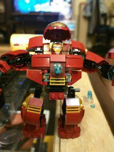 Close up of Hulkbuster with Iron Man Lego