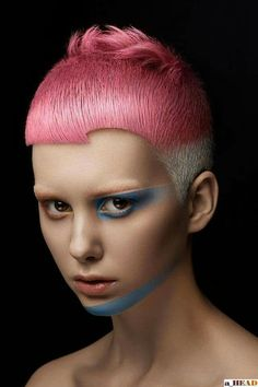 Short haircut by Ryu Kyougoku. Pink hair color.