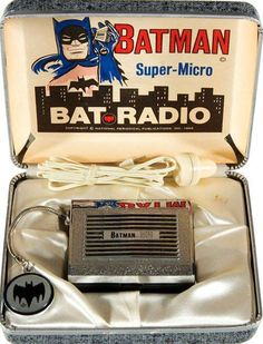 Vintage Batman Super-Micro Bat-Radio for Super Heroes. Batman 1966, I Am Batman, Batman Robin, Superman, Batman Stuff, Batgirl, Catwoman, Vintage Toys, Retro Vintage