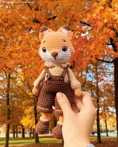This cute, crochet fox matches the fall colors perfectly! @lespetitesmainsdekhuccay For more embroidery and craft project inspiration, follow the link to our free patterns page! Crochet Fox, Crochet Doll Pattern, Crochet Toys Patterns, Amigurumi Patterns, Stuffed Toys Patterns, Amigurumi Doll, Crochet Animals, Diy Crochet, Crochet Crafts