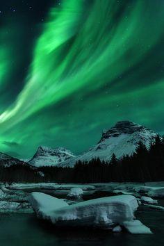 Innerdalen, Norway (via Haakon Nygaard)