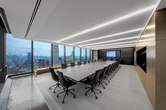 Equity trading company IEX Group recently appointed architectural firm TPG Architecture to design their new office in New York City. New York Apartments, New York City Apartment, Cool Apartments, New York Office, City Office, Office Open Plan, Law Office Design, Conference Room Design, Architectural Digest