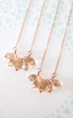 Golden Shadow Teardrop Cluster Necklace Rose gold