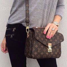 Love Louis Vuitton Bags For Street Fashion, Let The Fashion Dream With LV Handbags At A Discount! Our Offical Website Will Be Your Best Choice! Just Believe Our Fashionable Brand. High Quality And Fast Delivery Here. #Louis #Vuitton #Bags
