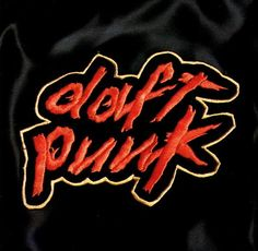 Here are the samples and inspirations of the album Homework by Thomas Bangalter and Guy-Manuel de Homem Christo aka Daft Punk. Thomas Bangalter, Music Album Covers, Music Albums, Music Books, Indie Outfits, Dubstep, Playlists, Daft Punk Albums, Rock Indé