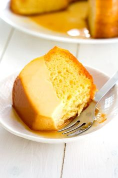 Easy Flan Cake cake is also called magic cake because the layers separate while baking. The flan always ends up on the bottom of the pan (top of cake when flipped). #cake #easy