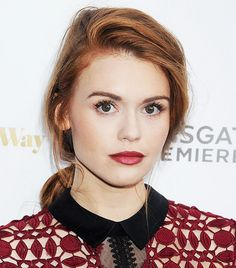 Holland Roden  From Holland to Rihanna: The 5 Best Beauty Looks of the Week via @byrdiebeauty