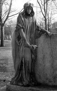 Google Image Result for http://www.inkart.net/cemeteries/cemetery_statues/plates/cemetery_statue_21.jpg