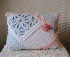 yo-yo bedspreads | Crazy Quilted Vintage Chenille Bedspread Pillow Hoffman Daisy and More