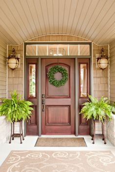 Love this front door and accessories!!