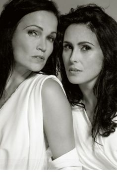 Tarja Turunen de 'Nightwish' & Sharon den Adel de 'Within Temptation'. @lifealwaysgood