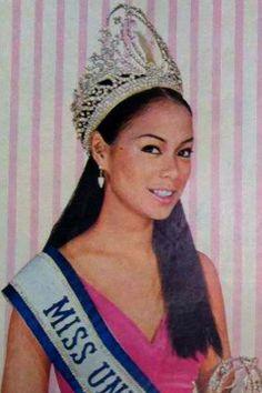 1969 Miss Universe - Gloria Maria Aspillera Diaz of Parañaque, Philippines. Miss Universe Philippines, Miss Philippines, Color Me Beautiful, Beautiful Inside And Out, Beautiful Women, Miss Universe Swimsuit, Queen Movie, World Winner, Filipina Beauty