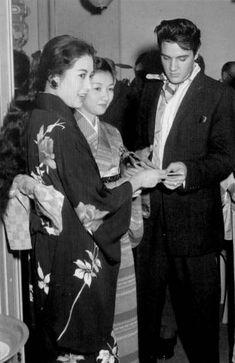 1958-3-Elvis-JapaneseActresses.jpg (360×555)