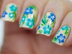 - Rose Nail Art Inspired by a Dress. Really cute nail art inspired by a wonderful floral print. Rose Nail Art, Floral Nail Art, Rose Nails, Flower Nails, My Nails, Nail Patterns, Pattern Nails, Tropical Pattern, Stylish Nails