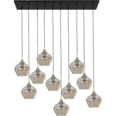 Hanglamp Rolf is een hedendaagse bollen lamp van Trendhopper voor boven de eettafel. Een speels ontwerp dankzij de 10 lampen die op verschillende hoogtes hangen en verschillende kleuren hebben. De moderne hanglamp past in een Scandinavisch interieur, maar ook net zo goed in een pastel, industrieel of modern interieur. | verlichting inspiratie, hanglamp inspiratie, eetkamer inspiratie, lamp boven eettafel, lamp eettafel, | #trendhopper Led Lamp, Light Up, Ceiling Lights, House Styles, Pendant, Inspiration, Home Decor, Lucca, Bar