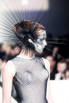 Avant Garde Headdress by Philip Treacy in Philip Treacy Hats, Body Adornment, Ex Machina, Fashion Art, Fashion Design, Fashion Fashion, Headgear, Headdress, Costume Design