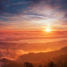 Dane Vetter @linsenschuss.de Sunrise above Zur...Instagram photo   Websta (Webstagram)