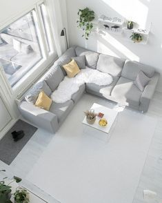 Arena-kulmasohva • @kaksio • www.finsoffat.fi/tuote/arena-kulmasohva Home Interior, Couch, Inspirational, Furniture, Instagram, Home Decor, Settee, Decoration Home, Room Decor